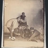 Wilhelm Burger, chinesische Spieler, Ostasienexpedition 1869, Albuminabzug, Coll.Mila Palm