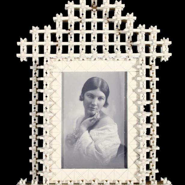 Rahmen aus Wäschekluppen, erster Weltkrieg, Coll.Mila Palm