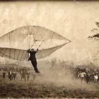 Lawrence J. Lesh (1892–1965), kanadischer Flugpionier im Morris Park 1907, Silbergelatinabzug 13x18cm